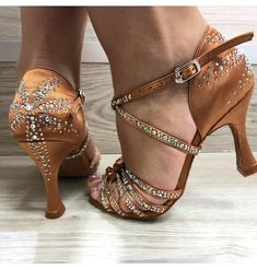 begins the moment you decide to be yourself ? Latin Ballroom Dresses, Ballroom Dance Dresses, Sneakers Fashion, Fashion Shoes, Dance Shops, Salsa Shoes, Latin Dance Shoes, Vintage Heels, Dream Shoes