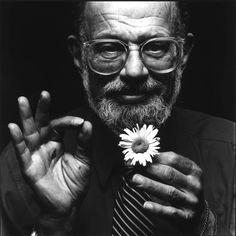 Homo History: Allen Ginsberg, gay Beat poet, buddhist, and activist Allen Ginsberg, Beat Generation, Divas, Jack Kerouac, Writers And Poets, American Poets, William Blake, Book Writer, Beatnik