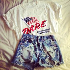 this could be really cute with a pair of converse and a cardigan!