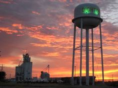 Dighton KS sunset where I'm from!