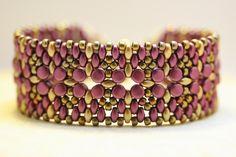 Abalorios Ababeads: Pelleta Bracelet  Hermoso diseño de Ellahttp://el...