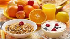 Have you ever wondered what are the best breakfast options? Here is our list of healthy breakfast foods. Breakfast Options, Eat Breakfast, Healthy Breakfast Recipes, Healthy Recipes, Healthiest Breakfast, Healthy Nutrition, Morning Breakfast, Healthy Foods, Nutritious Snacks