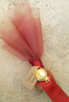 Pomegranate wedding favors in burgundy and gold colors Cheap Favors, Wedding Favors Cheap, Wedding Matches, Wedding Colors, Post Wedding, Dream Wedding, Wedding Ideas, Greek Wedding Traditions, Pomegranate Wedding