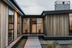 338 Worsleys | Young Architects
