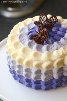 purple ombre petal cake