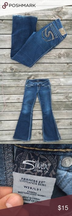 Silver Bootcut Jeans Well loved Silver Bootcut jeans. These gave been well loved and do show signs of wear. Mostly wear on the hems and fading at the knees. Still a super cute pair of high quality jeans! Silver Jeans Jeans Boot Cut