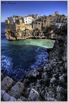 Polignano a Mare, Apulia #puglia #landscape #italy #italia #bari #taranto #salento #apulia #barletta #andria #trani #brindisi #foggia #lecce #foggia #gargano #puglie #otranto #mare #sea #polignano_mare #polignano