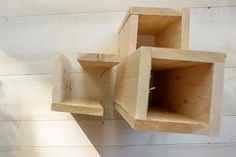 Double-Duty Design: How to Build a Side Table Atop a Small Garden | eHow Diy Pallet Projects, Woodworking Projects Diy, Wood Projects, House Projects, Woodworking Plans, Fairy Doors On Trees, Fairy Garden Doors, Wood Planters, Planter Boxes