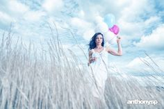 blue field  #AnthonyLadd #Anthonysp #RabeccaLee #model #photography #balloons