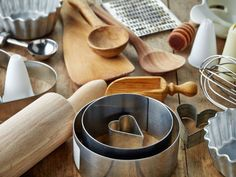 Build a Better List : The items on most wedding registries range from the essential (a food processor) to the absurd (relish forks) — but it's not always easy to tell which is which. Take our advice: Hidden among the seemingly frivolous and mundane are pieces of equipment that are worth their weight in gold. Here are 10 not-so-obvious items that deserve a coveted spot on your list.  Photo: Magone/iStock