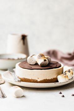 Chocolate Desserts, Vegan Desserts, Just Desserts, Dessert Recipes, Vegan Recipes, Vegan Treats, Healthy Treats, Cashew Cheesecake, Vanilla Bean Cheesecake