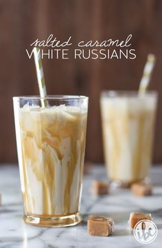 Classic White Russian Cocktails get a contemporary and delicious upgrade with one of the most popular flavors of the season: salted caramel. These Salted Caramel White Russians are the perfect cocktai Christmas Drinks, Holiday Drinks, Party Drinks, Summer Drinks, Cocktail Drinks, Fun Drinks, Cocktail Recipes, Beverages, Cocktail Garnish
