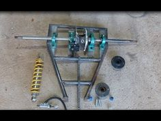 Triciclo Cross Motor de moto 125cc Construção 03 Paulo Mootores - YouTube Drift Trike Parts, Bike Drift, Bike Parts, Trike Bicycle, Trike Motorcycle, Moto 125cc, Drift Trike Motorized, Trike Chopper, Kart Cross