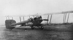 GERMAN AIRCRAFT FIRST WORLD WAR (Q 66315) Sablatnig C.1 two-seat night bomber plane.