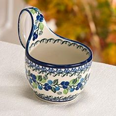 Polish Stoneware Soup Cup with Floral Pattern - I have two of these & love them for soup/chile/stew! Polish Folk Art, White Polish, Roseville Pottery, Soup Mugs, Kitchen Dishes, Pottery Mugs, Polish Pottery, Pottery Studio, Pottery Painting