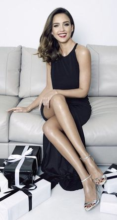 766ee27e7414 8 Best Jessica alba feet images