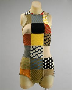 Maillot Rudi Gernreich (American (born Austria), Vienna 1922–1985 Los Angeles, California)  Date: spring/summer 1963 Culture: American Medium: wool, elastic Dimensions: Length at CB: 27 in. (68.6 cm) Credit Line: Gift of Rudi Gernreich Revocable Trust, 1985
