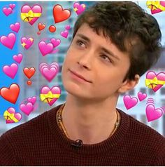 Seu amoooor me pegoooou! Gilbert Blythe, Anne And Gilbert, Anne White, Heart Meme, Anne With An E, Anne Shirley, Show Photos, Reaction Pictures, To My Future Husband