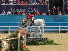 McLain Ward and Antares F - London 2012 Show Jumping Round 1