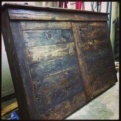 Made of pallet wood??