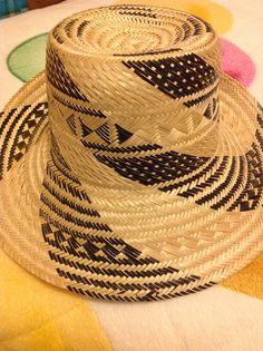 17 mejores imágenes de Sombreros-hats Monetatelir 9ec94d5359f