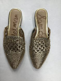 Mules Shoes Flat, Shoes Flats Sandals, Slingback Shoes, Shoe Boots, Mule Sandals, Heels, Womens Fashion Sneakers, Fashion Shoes, Women's Fashion