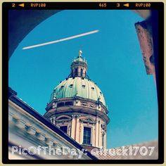 La #PicOfTheDay di #TurismoER di oggi viene da #ReggioEmilia ed è un omaggio ai limpidi cieli primaverili. Complimenti e grazie a @fruck1707