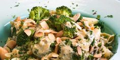 Penne med blåmuggost og brokkoli - Dette er en smakfull vegetarrett for de som er glad i blåmuggost.