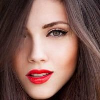 Makeup candone in different waysto enhance your personal image and that's why we are going to explain to you step by step what the most flattering and easy trends this season are, to help you look absolutely beautiful. MAKEUP