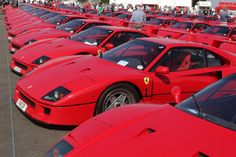 A sea of Ferrari red thanks to 60 F40s descending on Silverstone