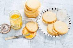 Whoopies zijn Amerikaanse koekjes met een vulling ertussen. Please try! Recept - Kokos-whoopies met lemon curd - Allerhande