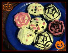halloween cupcakes I did with thekids