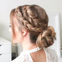 The Best Hair Braid Styles Hey girls! Today we are going to talk about those gorgeous braid styles. I will show you the best and trendy hair braid styles with some video tutorials. Braided Bun Hairstyles, French Hairstyles, Celebrity Hairstyles, Simple Hairstyles, Hairstyles 2016, Braided Buns, Braided Hairstyles For Short Hair, Easy Wedding Hairstyles, Beautiful Hairstyles