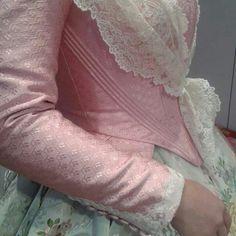 Corpiño Ballet Dance, Dance Shoes, Folk Costume, Marie Antoinette, American, Fantasy Clothes, Style, Corsets, Dresses