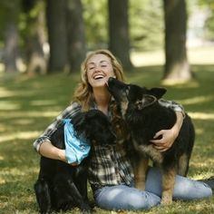 Beautiful pic of Amber Marshall with her dogs, China and Remi.