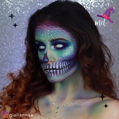 Mermaid skull Halloween tutorial everyone would love! By: # halloween makeup MERMAID SKULL Cute Halloween Makeup, Halloween Makeup Looks, Halloween Skull, Halloween Mermaid, Creepy Halloween Costumes, Halloween Makeup Tutorials, Scarecrow Makeup, Scarecrow Costume, Holiday Makeup Looks