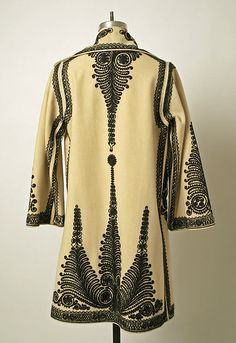 Additional Images Coat Date: early century Culture: Romanian Medium: wool Dimensions: Length at CB: 40 in. Vintage Outfits, Vintage Fashion, Maxi Skirt Tutorial, Fashion Vestidos, Folk Costume, Costumes, Historical Costume, Folklore, Fashion History