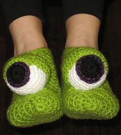 "FREE - Also available at FaveCrafts.com, as ""Crazy Monster Eyes Slippers""."