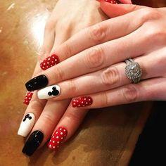 Disneyland Nails Disney Nails Dream Nails Cool Nail Designs Toe Na Disney Toe Nails, Disneyland Nails, Disney Acrylic Nails, Mickey Mouse Nails, Best Acrylic Nails, Mickey Mouse Nail Design, Disney Nail Designs, Cute Acrylic Nail Designs, Pretty Nail Designs