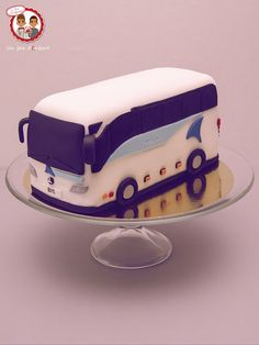 Bus cake - Gâteau Car Keolis - Un Jeu d'Enfant Cake Design Nantes France