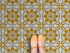 Sorzano Vinyl Flooring: Retro Vinyl Floor tiles for your home
