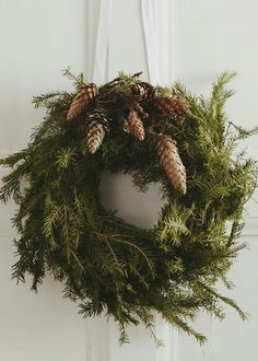 wreath - simple, yet whimsical!