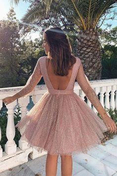 Lange ärmel rosa Kleid rückenfreie Kleid. Backless Homecoming Dresses, Hoco Dresses, Sexy Dresses, Fashion Dresses, Backless Dresses, Summer Dresses, Short Evening Dresses, Casual Dresses, Ankara Fashion