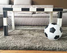 Fußballzimmer gestalten mit Fußballtor www.limmaland.com