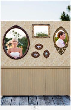photobooth!? Cute wedding pics!!!