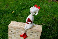 Das+Schaf+mit+den+roten+Stiefeln,+gefilztes+Schaf++von+Frau+Brunsels+Filz+auf+DaWanda.com