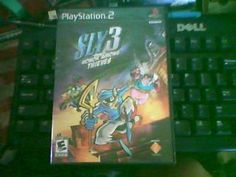 PLAYSTATION 2 GAME SLY 3 HONOR AMOUN THEIVES WITH A GIN BONUS GAME AS WELL!!!!