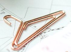 Set of 2 rose gold cloth hanger paperclips Use these cute paper clips to brighten up your daily planners and organizers, use as calendar markers, bookmarks, scrapbooks or any where you need some fun! This is a HEMA item **Happy shopping** Paper Clip, Some Fun, Scrapbooks, Clothes Hanger, Happy Shopping, Markers, Calendar, Stationery, Scrapbook