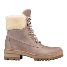 dbfcf61dd07b89 11 Stylish Snow Boots You ll Actually Want to Wear This Winter
