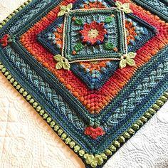 The Riebeek-Kasteel Weekend Block pattern by Jen Tyler